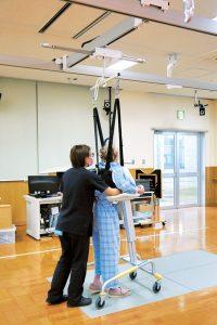 免荷が可能な歩行介助装置を使用した歩行練習